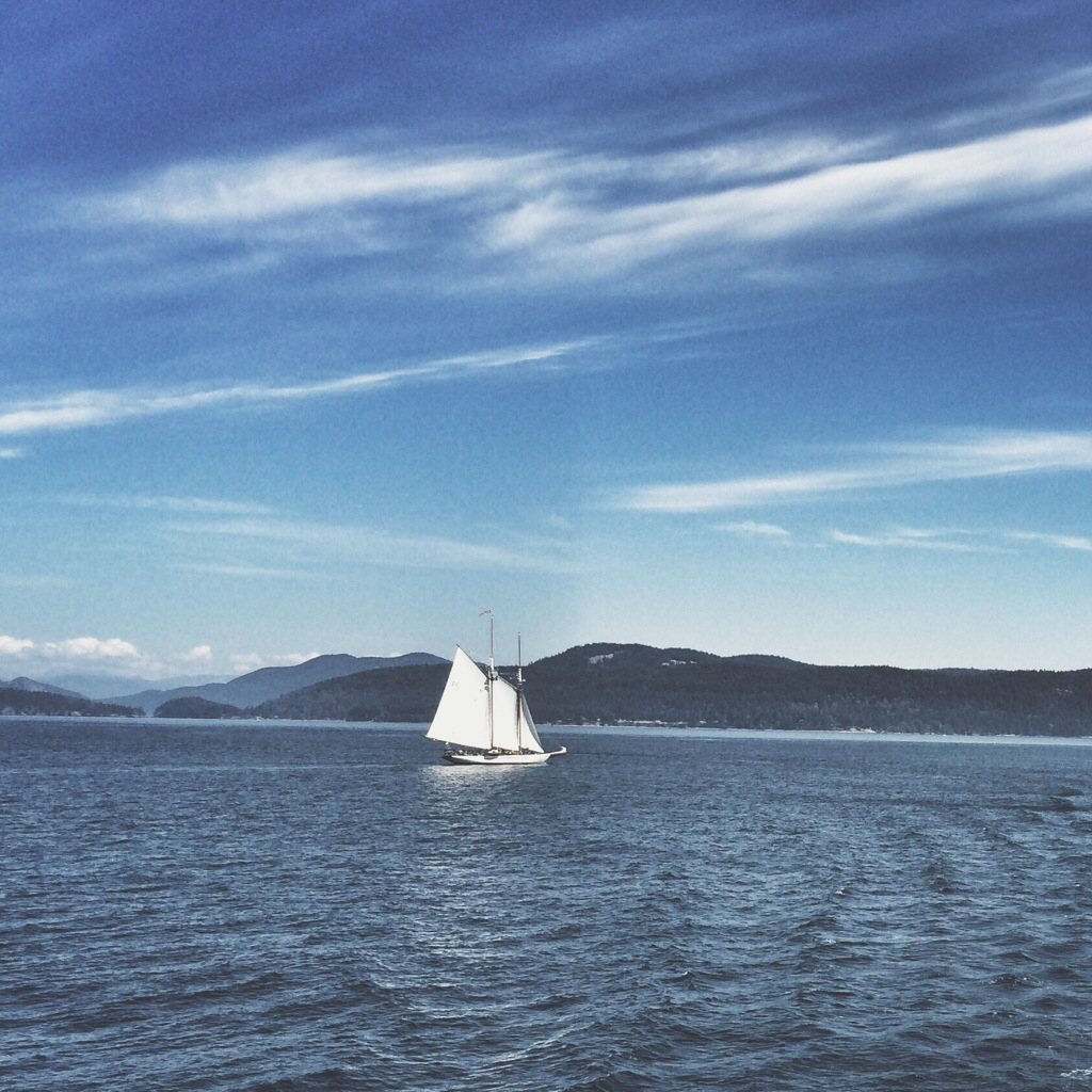 Puget_Sound_Sailboat