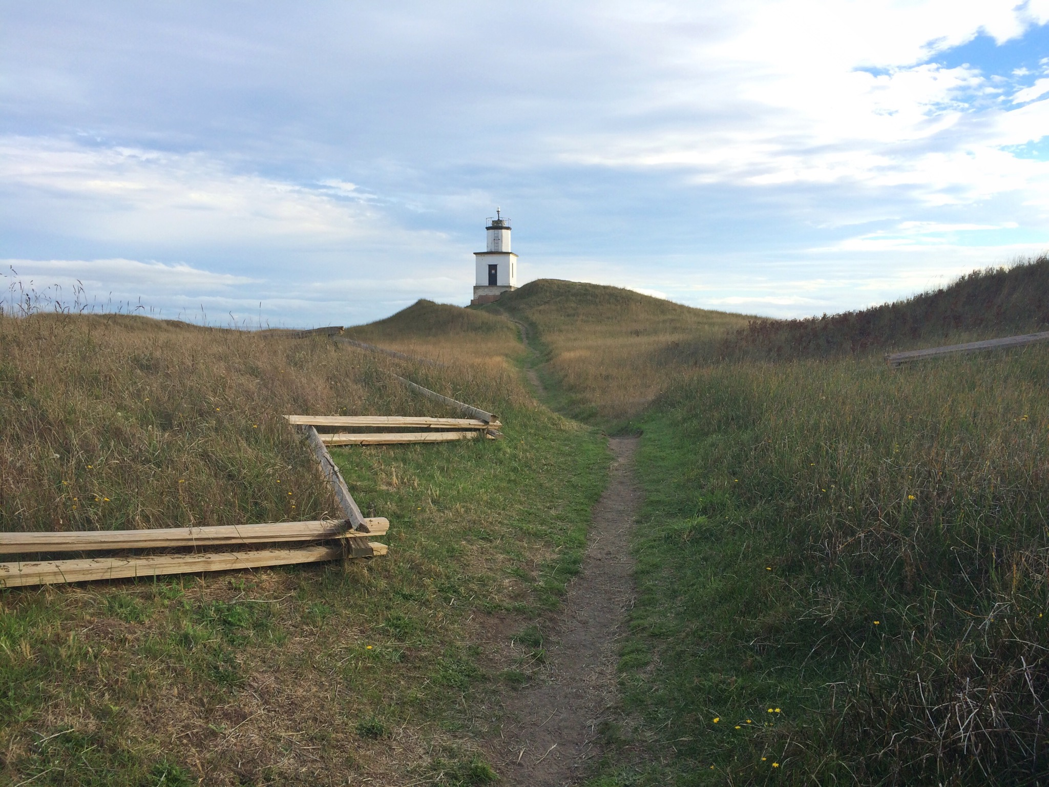 Lighthouse_Trail